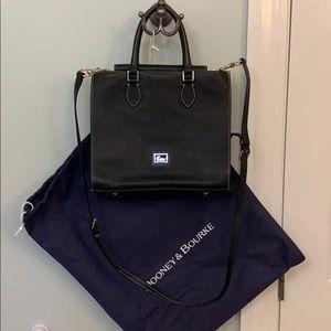 New dooney bourke pebble leather hand bag